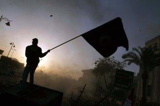 Suez, Revolution.